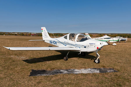 Aero AT AT-3 R100 - HA-VOA operated by CAVOK Aviation Training