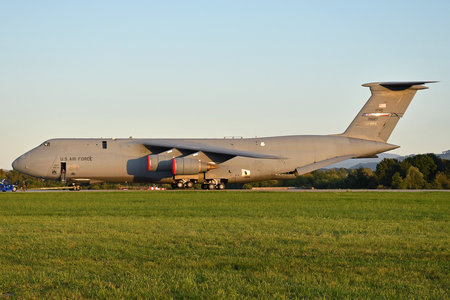 Lockheed C-5M Super Galaxy - 87-0027 operated by US Air Force (USAF)