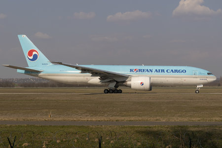Boeing 777F - HL8076 operated by Korean Air Cargo