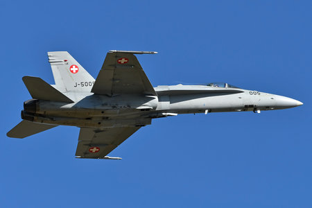 McDonnell Douglas F/A-18C Hornet - J-5005 operated by Schweizer Luftwaffe (Swiss Air Force)