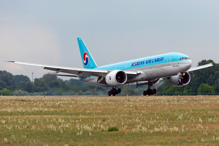 Boeing 777F - HL8043 operated by Korean Air Cargo