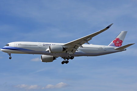Airbus A350-941 - B-18912 operated by China Airlines