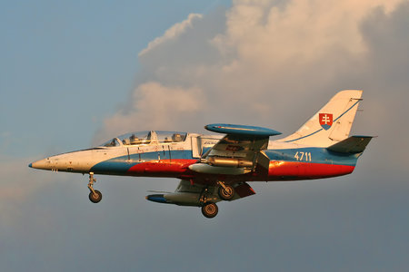 Aero L-39ZAM Albatros - 4711 operated by Vzdušné sily OS SR (Slovak Air Force)