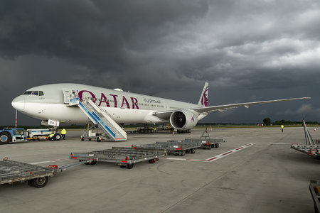 Boeing 777-300ER - A7-BEA operated by Qatar Airways