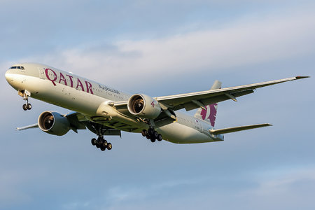 Boeing 777-300ER - A7-BAI operated by Qatar Airways