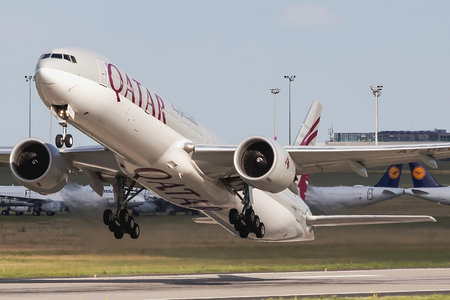 Boeing 777-300ER - A7-BEO operated by Qatar Airways