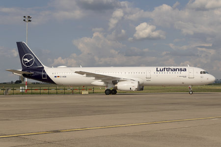 Airbus A321-231 - D-AISB operated by Lufthansa