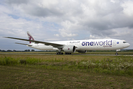 Boeing 777-300ER - A7-BAB operated by Qatar Airways
