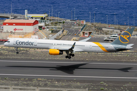 Boeing 757-300 - D-ABOJ operated by Condor