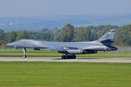 Rockwell B-1B Lancer - 85-0087 operated by US Air Force (USAF)