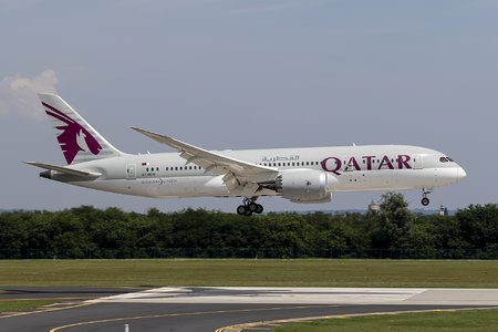 Boeing 787-8 Dreamliner - A7-BDD operated by Qatar Airways