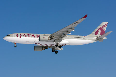 Airbus A330-202 - A7-ACG operated by Qatar Airways