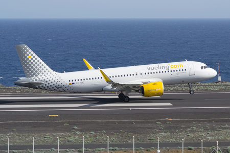 Airbus A320-271N - EC-NAZ operated by Vueling Airlines
