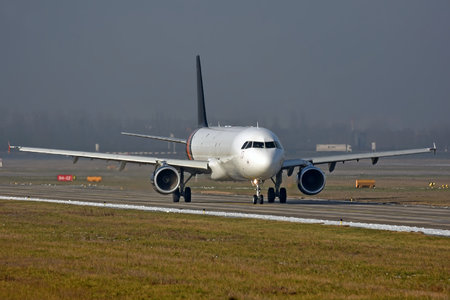 Airbus A321-211P2F - G-POWY operated by Titan Airways