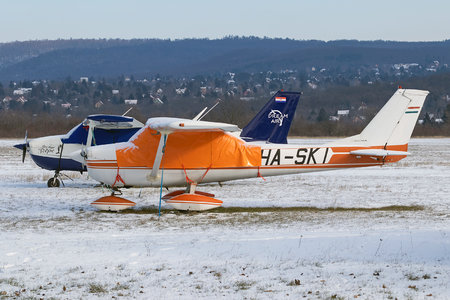Cessna 150G - HA-SKI operated by Private operator