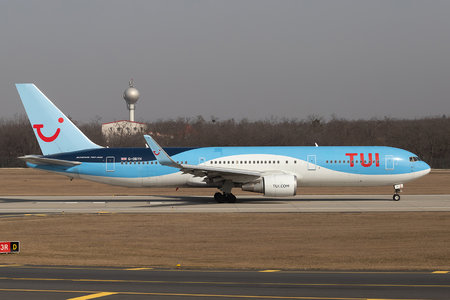 Boeing 767-300ER - G-OBYH operated by TUI Airways