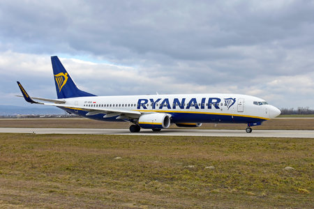Boeing 737-800 - SP-RSQ operated by Ryanair Sun