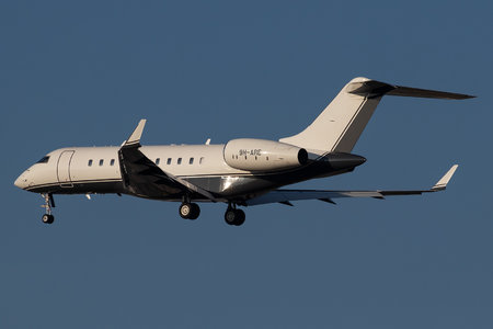 Bombardier Global 5000 (BD-700-1A11) - 9H-ARE operated by Albinati Aeronautics