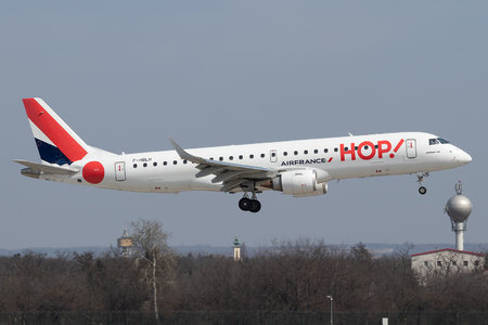 Embraer E190STD (ERJ-190-100STD) - F-HBLH operated by HOP!
