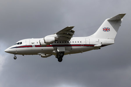 British Aerospace BAe 146 CC.2 - ZE700 operated by Royal Air Force (RAF)