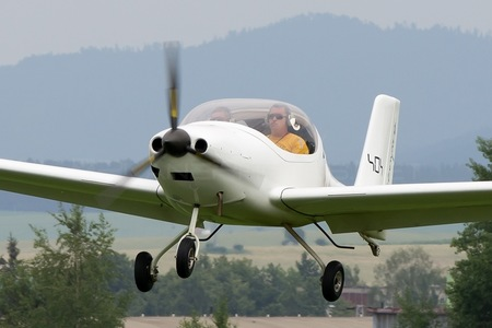 Flying Machines FM250 Vampire - OM-M555 operated by Private operator