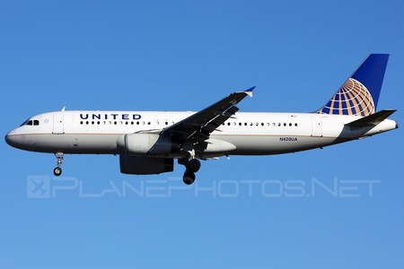 Airbus A320-232 - N420UA operated by United Airlines