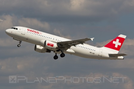 Airbus A320-214 - HB-IJQ operated by Swiss International Air Lines