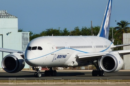 Boeing 787-8 Dreamliner - N787FT operated by Boeing Company