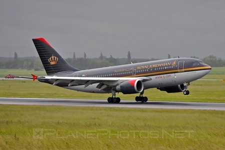 Airbus A310-304 - JY-AGN operated by Royal Jordanian
