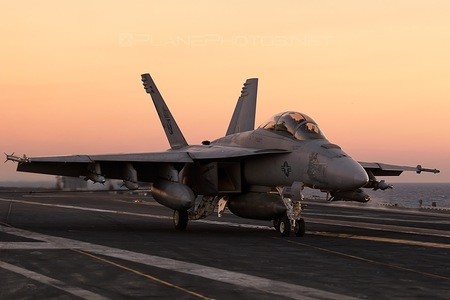 Boeing F/A-18F Super Hornet - 166628 operated by US Navy (USN)