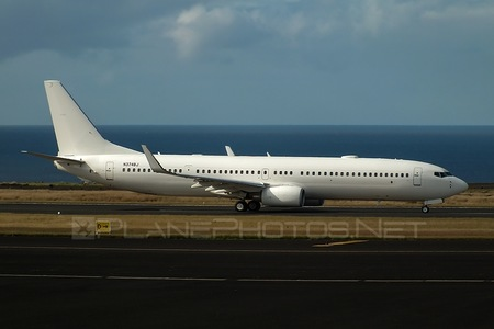 Boeing 737-900ER - N374BJ operated by Private operator