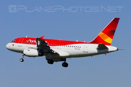 Airbus A318-121 - PR-AVL operated by Avianca Brasil