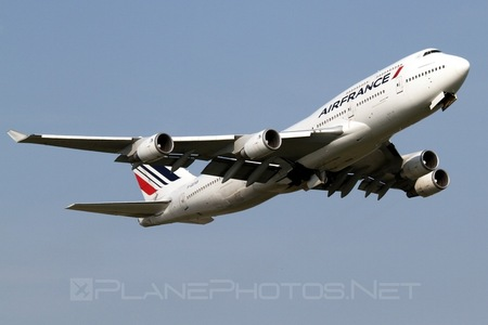 Boeing 747-400 - F-GEXB operated by Air France