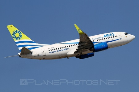 Boeing 737-700 - HK-4641 operated by Aires Colombia