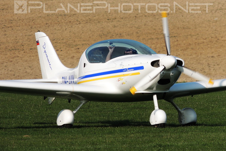Aerospool WT9 Dynamic - OM-AKM operated by Private operator