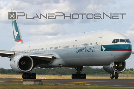 Boeing 777-300 - B-HNN operated by Cathay Pacific Airways