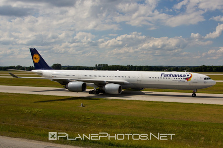 Airbus A340-642 - D-AIHQ operated by Lufthansa