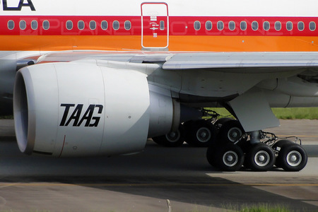 Boeing 777-300ER - D2-TEG operated by TAAG Linhas Aéreas de Angola