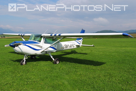 Cessna 152 - OM-AFC operated by Aerofatra