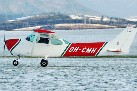 Cessna 172N Skyhawk II - OH-CMH operated by Private operator