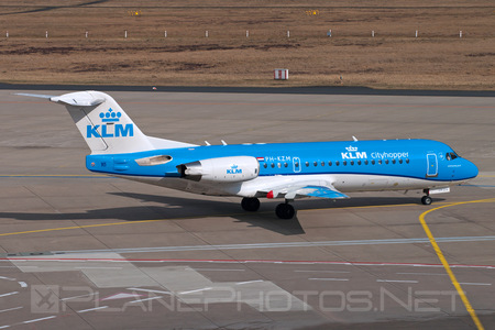 Fokker 70 - PH-KZM operated by KLM Cityhopper