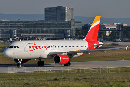 Airbus A320-216 - EC-LVQ operated by Iberia Express