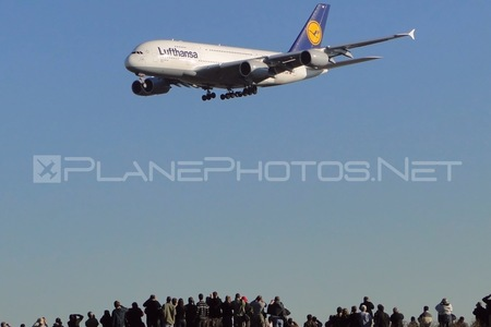 Airbus A380-841 - D-AIMF operated by Lufthansa
