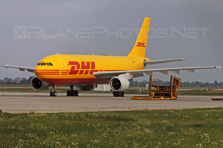 Airbus A300B4-622RF - D-AEAB operated by DHL Cargo