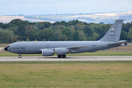 Boeing KC-135R Stratotanker - 60-0322 operated by US Air Force (USAF)