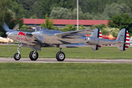Lockheed P-38L Lightning - N25Y operated by The Flying Bulls