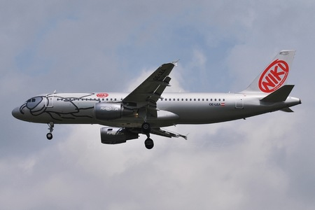 Airbus A320-214 - OE-LEA operated by Niki