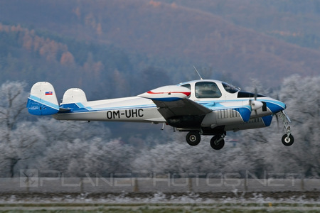 Let L-200D Morava - OM-UHC operated by University of Žilina