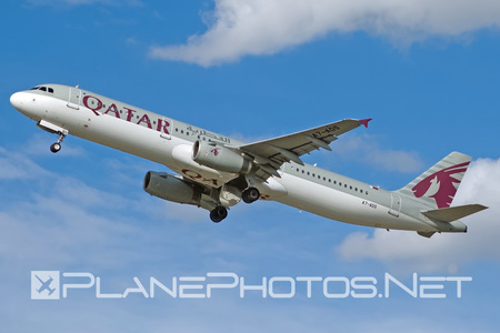 Airbus A321-231 - A7-ADS operated by Qatar Airways