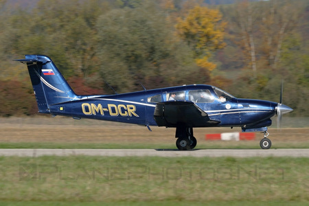 Piper PA-28RT-201T Turbo Cherokee Arrow IV - OM-DCR operated by University of Žilina